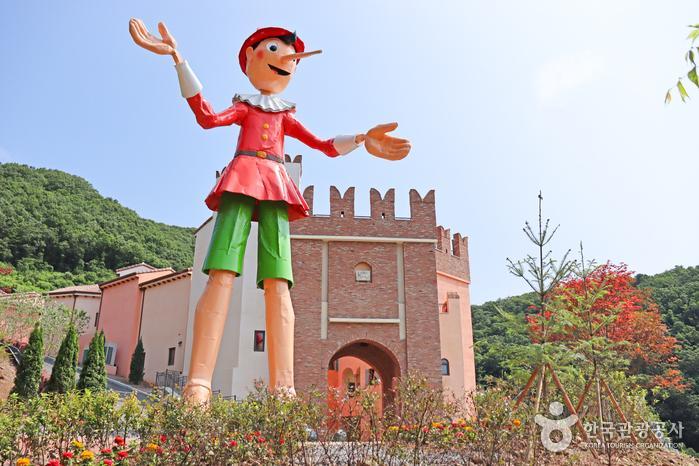 여기 한국 맞나요? 여권 없이 즐기는 이탈리아 여행, 가평 피노키오와 다빈치